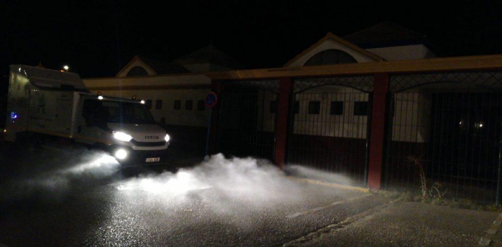 El Ayuntamiento de Arahal comienza de nuevo a desinfectar la vía y zonas públicas
