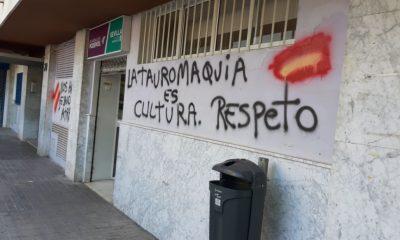 AionSur pintadas-podemos-400x240 La sede de Podemos en Sevilla capital amanece con pintadas amenazantes Sevilla destacado