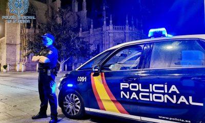 AionSur policia-nacional-sevilla-400x240 Tres detenidos y dos heridos tras una pelea a navajazos en Dos Hermanas Sucesos