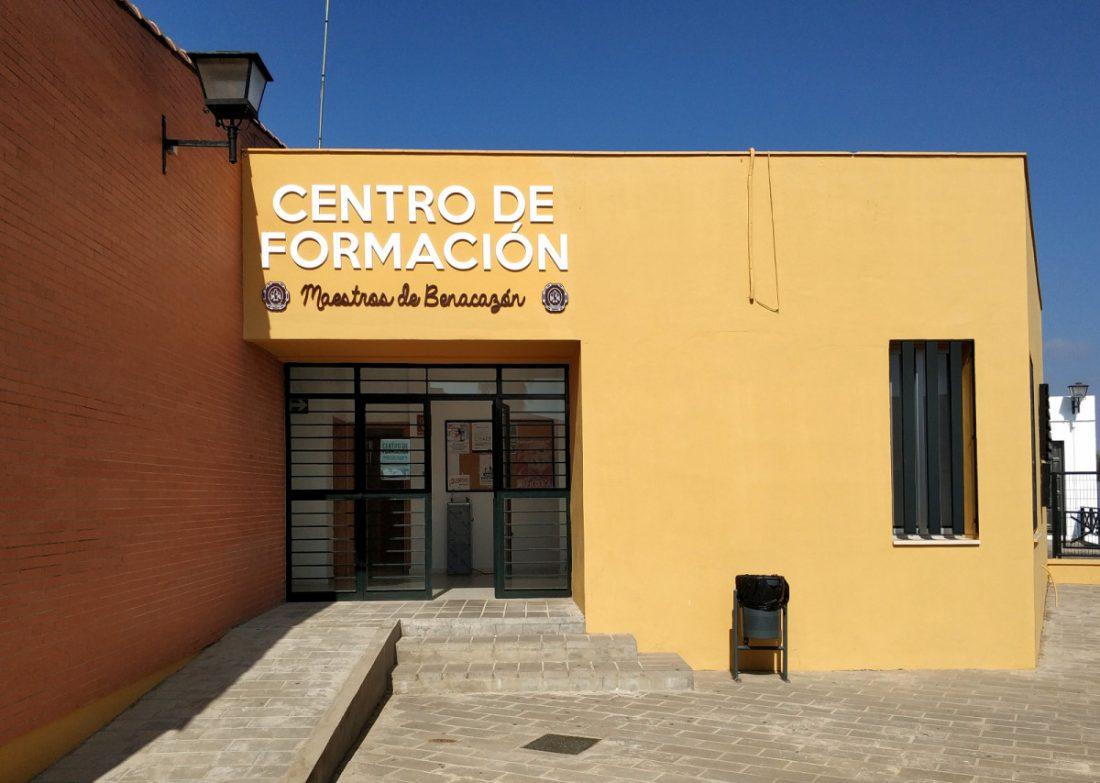 AionSur Benacazon-centro Alumnos de Benacazón usarán un edificio municipal para evitar contactos Coronavirus