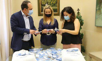 AionSur Delegado-Educacion-Alcaldesa-y-delegada-Servicios-Sociales-min-400x240 El Ayuntamiento de Alcalá reparte 6.000 mascarillas entre los niños de la ciudad Alcalá de Guadaíra