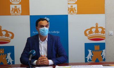 AionSur Lebrija-alcalde-400x240 Lebrija aplica un plan de fases por colores para contener la pandemia Coronavirus