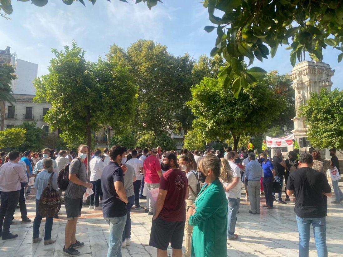AionSur Sevilla-manifa La hostelería sale a la calle para reivindicar su importancia Economía