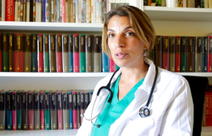 AionSur doctora-anti-covid-300x193 Una doctora crea el primer kit anti-covid para prevenir el contagio Coronavirus