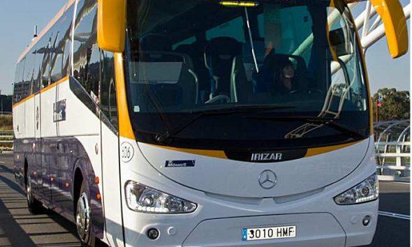 Usuarios de la línea de autobuses de Arahal a Sevilla se quejan de la deficiencias del servicio