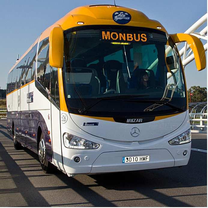 AionSur 536d519a37a3f-min Usuarios de la línea de autobuses de Arahal a Sevilla se quejan de la deficiencias del servicio Arahal