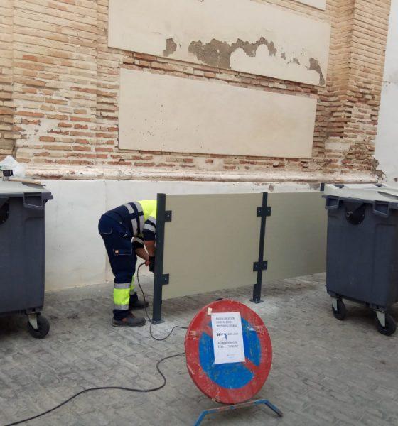 AionSur WhatsApp-Image-2020-10-20-at-14.04.08-min-560x600 Écija mimetiza sus contenedores de residuos sólidos en el casco histórico Ecija