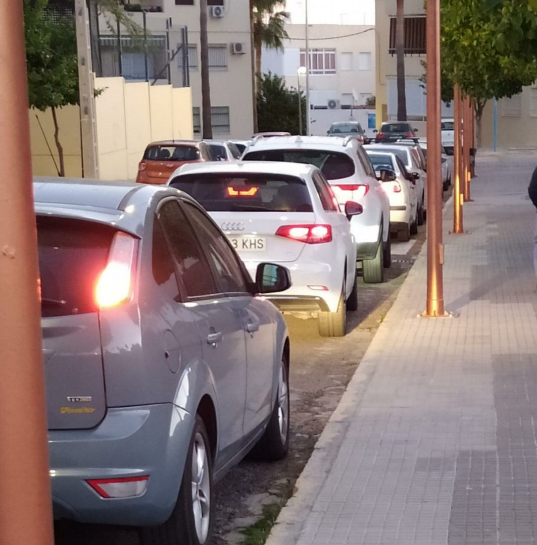 AionSur ef89d4a7-28d1-4d6b-874f-fe1d4d162bf0-min Deportes Arahal suspende los entrenamientos de fútbol debido a los contagios del municipio Deportes destacado