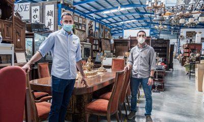 AionSur: Noticias de Sevilla, sus Comarcas y Andalucía 116e7ec4-2195-46ca-8c97-5b83708cadcc-min-400x240 Los muebles que dan vida al cine duermen en un almacén de Paradas Empresas destacado