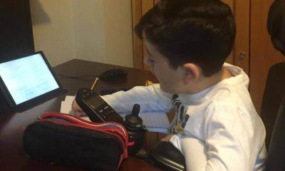 AionSur Antonio-clases-casa-400x240 Denuncian que un niño con discapacidad solo tiene cuatro horas de clase a la semana Sociedad
