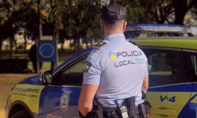 AionSur: Noticias de Sevilla, sus Comarcas y Andalucía Castilleja-policia-400x240 La Policía de Castilleja estrena uniformes hechos con material recogido del mar Aljarafe