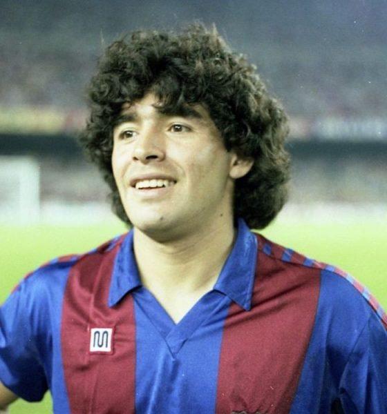 AionSur Maradona-560x600 Muere Diego Armando Maradona Deportes destacado