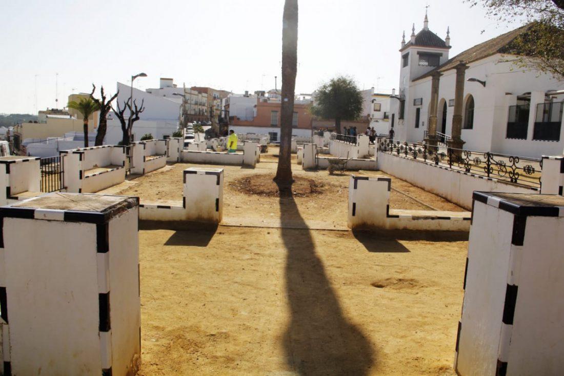 AionSur Plaza-Espana-Alcala-guadaira-min Alcalá recupera la antigua estampa regionalista de su Plaza de España Alcalá de Guadaíra