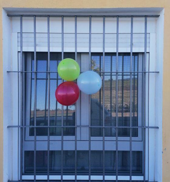 AionSur ec763c2a-5050-4964-b7df-102e2b5be91e-min-560x600 Globos de colores y dibujos para celebrar el Día del Pueblo Gitano en La Puebla La Puebla de Cazalla