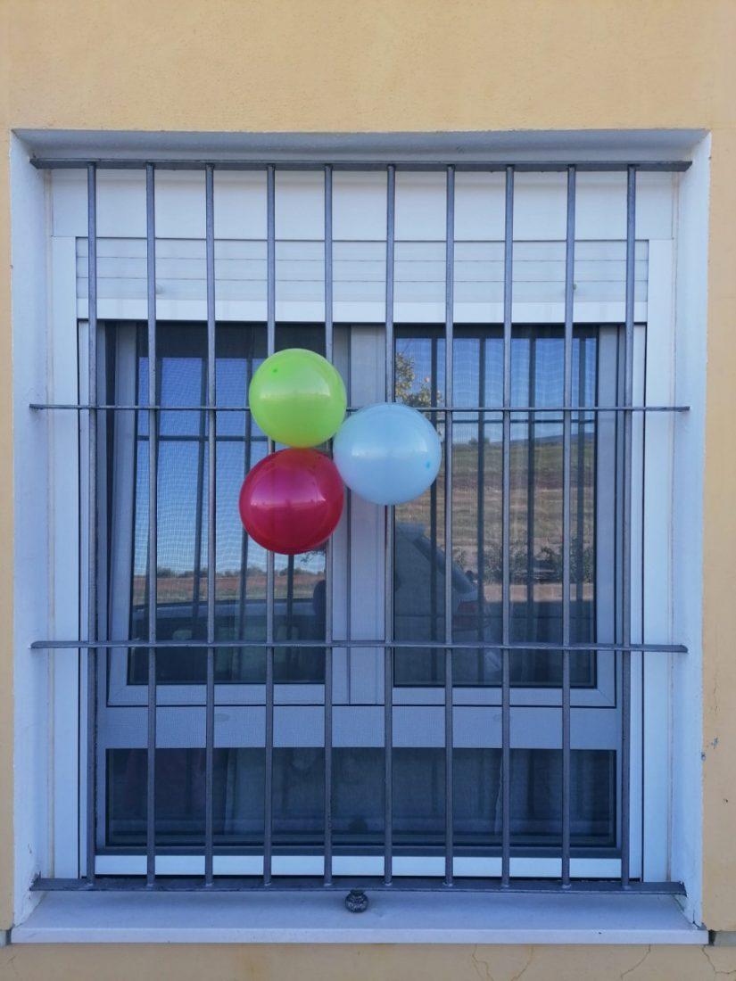 AionSur ec763c2a-5050-4964-b7df-102e2b5be91e-min Globos de colores y dibujos para celebrar el Día del Pueblo Gitano en La Puebla La Puebla de Cazalla
