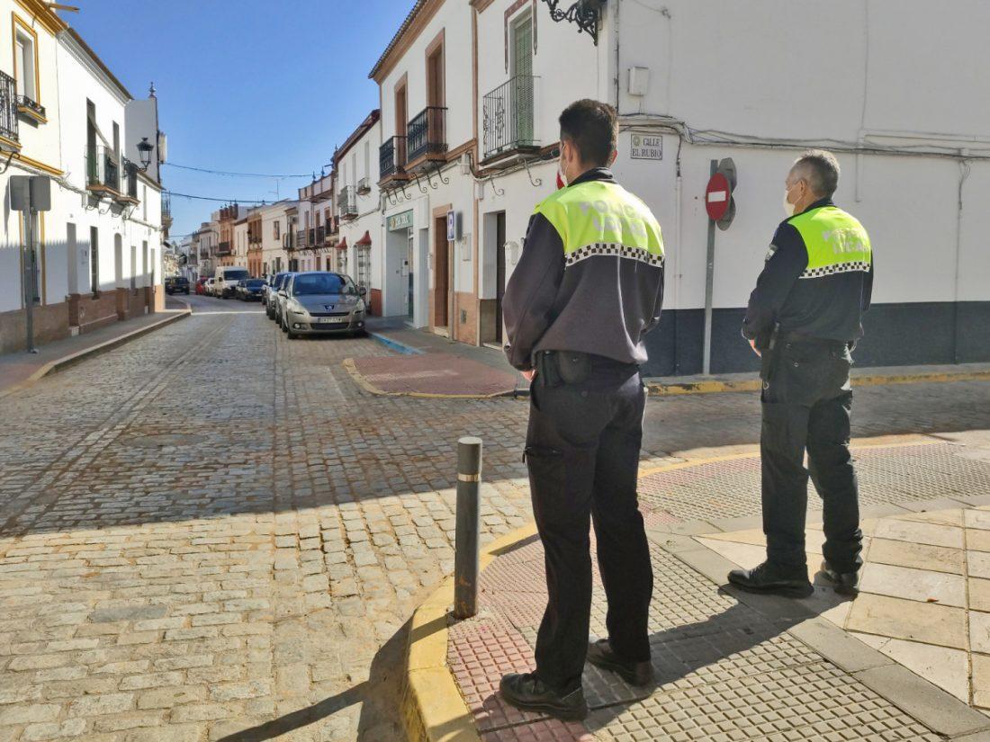 AionSur: Noticias de Sevilla, sus Comarcas y Andalucía policia-benacazon Estos son los pueblos que desde mañana están cerrados por la covid Coronavirus