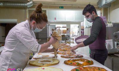 AionSur: Noticias de Sevilla, sus Comarcas y Andalucía 6c10df11-68af-4982-874d-29a3ddc113db-min-400x240 Roscones de Reyes cargados de vales de 50 euros en una panadería de Arahal Empresas destacado