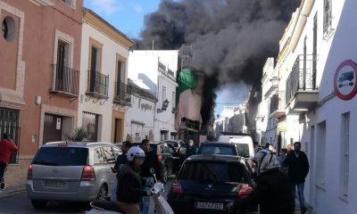 AionSur Incendio-Marchena-400x240 Incendio sin heridos en una casa en obras en Marchena Sucesos