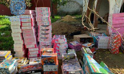 AionSur: Noticias de Sevilla, sus Comarcas y Andalucía juguetes-robados-sevilla-400x240 Recuperan cientos de juguetes robados en un establecimiento de Sevilla Sevilla Sin categoría