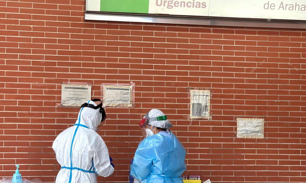 Arahal roza la tasa de incidencia de 1.000 contagios, que provocaría el cierre de establecimientos no esenciales
