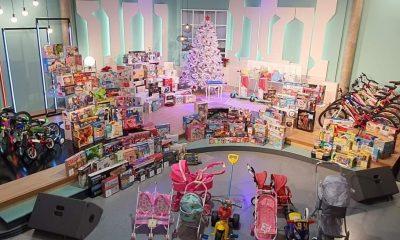 AionSur Marchena-juguetes-1-400x240 Centenares de juguetes aparecen misteriosamente en Marchena Marchena destacado