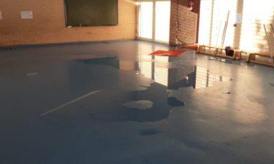 AionSur Pabellon-Paradas-1-720x380-min-400x240 Adelante Andalucía denuncia filtraciones en el pabellón deportivo de Paradas desde que se abrió Paradas