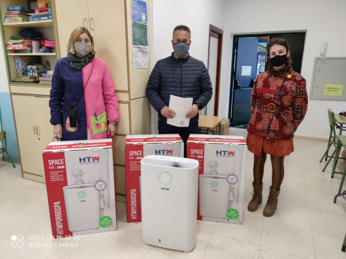 AionSur: Noticias de Sevilla, sus Comarcas y Andalucía WhatsApp-Image-2021-01-20-at-12.50.54-min Reparto de 55 purificadores en centro educativos de Mairena del Alcor para prevenir la covid Mairena del Alcor