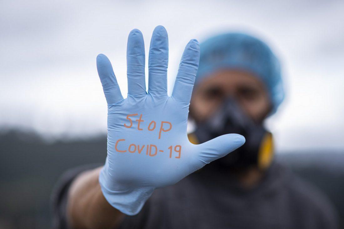 AionSur: Noticias de Sevilla, sus Comarcas y Andalucía covid-enfermero La ciudad de Sevilla supera los 500 muertos por covid-19 Coronavirus destacado
