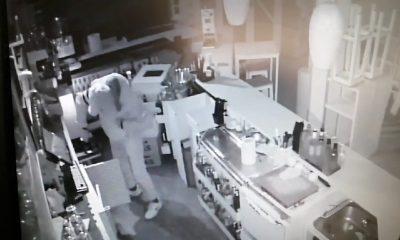 AionSur robo_en_cafeteria_sevilla_foto5-min-400x240 Dos detenidos por robar en una cafetería de Los Palacios y en varios vehículos Sucesos