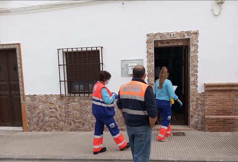 AionSur: Noticias de Sevilla, sus Comarcas y Andalucía 71b83e97-ddfc-4568-85b5-297e6655b8b9-min Un centenar de usuarios encamados han sido ya vacunados en La Puebla de Cazalla La Puebla de Cazalla destacado
