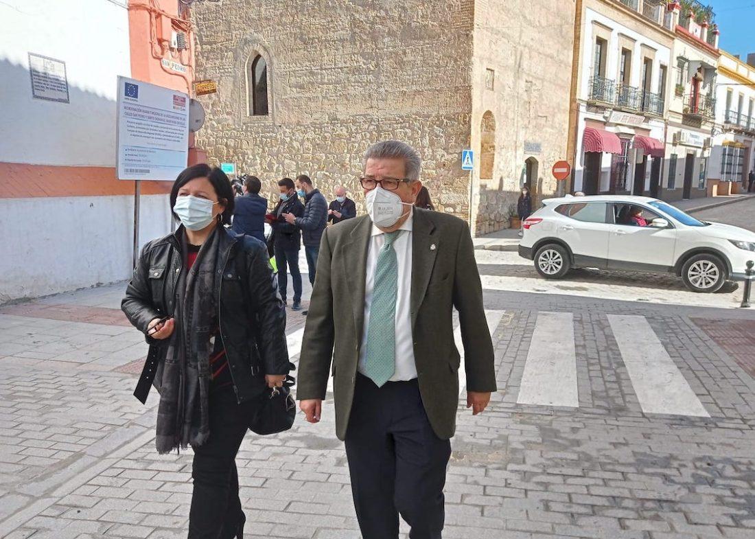 AionSur: Noticias de Sevilla, sus Comarcas y Andalucía marchena-subdelegado-scaled El IDAE subvenciona en Marchena con más de 2,6 millones de euros actuaciones de movilidad urbana y eficiencia energética Marchena