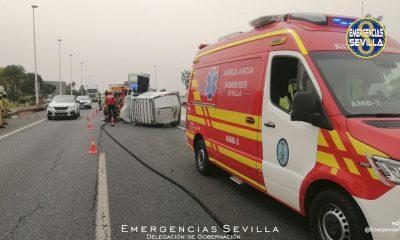 AionSur: Noticias de Sevilla, sus Comarcas y Andalucía Accidente-Sevilla-1-400x240 Un accidente múltiple colapsa la salida de Sevilla hacia Córdoba junto al aeropuerto Sucesos destacado