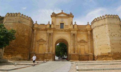 AionSur: Noticias de Sevilla, sus Comarcas y Andalucía Alcazar-carmona-400x240 Carmona recupera las visitas a la Puerta de Córdoba y el Alcázar Carmona destacado