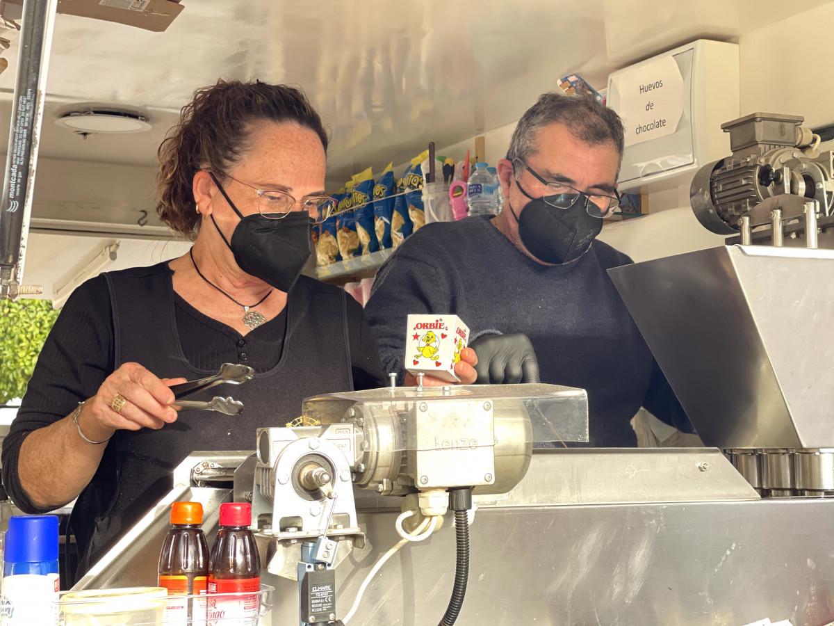 """AionSur: Noticias de Sevilla, sus Comarcas y Andalucía IMG_0696-min Buñuelos y manzanas de caramelo para """"sobrevivir"""" a la covid hasta 2022 Arahal destacado"""