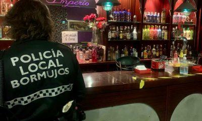 AionSur: Noticias de Sevilla, sus Comarcas y Andalucía Policia-Bormujos-400x240 Denunciadas 87 personas en un intercambio sexual en un local de Bormujos Coronavirus
