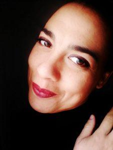 AionSur: Noticias de Sevilla, sus Comarcas y Andalucía adriana-225x300 Los conflictos de medio mundo en el pecho desnudo de 24 mujeres en Sevilla Sociedad destacado