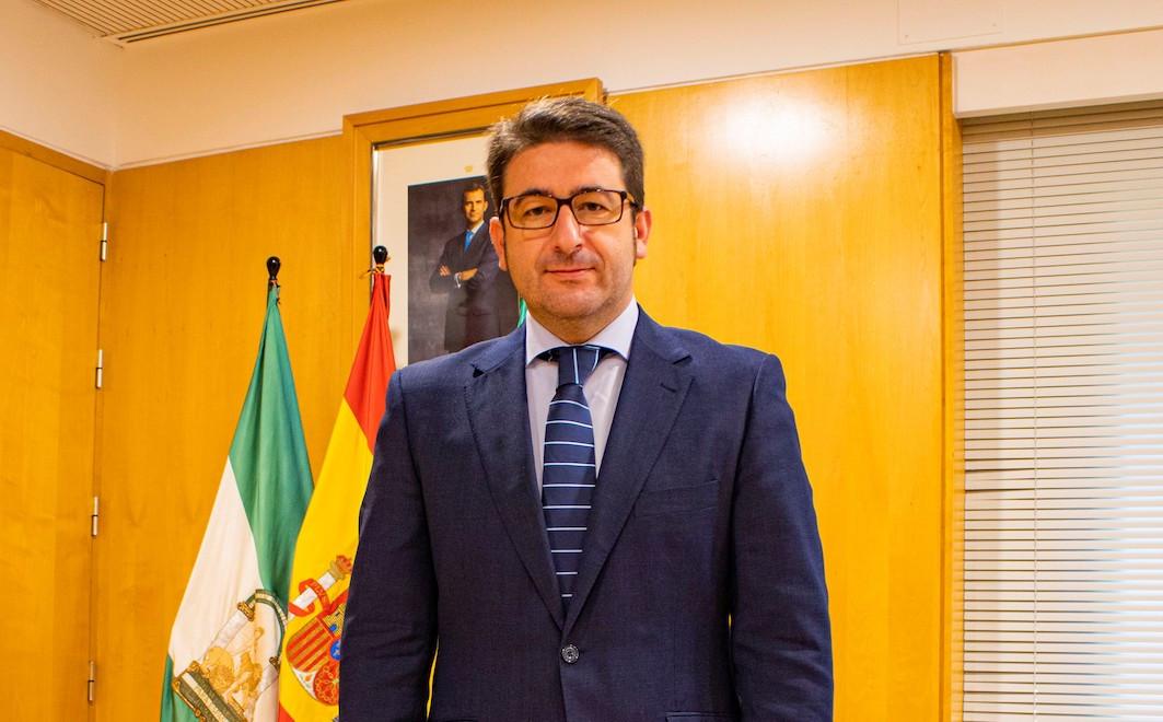 """AionSur: Noticias de Sevilla, sus Comarcas y Andalucía ciudadanos-benjumea-1 Benjumea: """"Los 2.300 empleos en Sevilla del Plan Aire demuestran que Ciudadanos cumple su palabra"""" Política"""