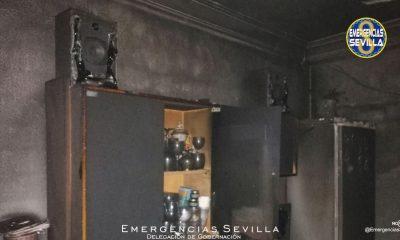 AionSur: Noticias de Sevilla, sus Comarcas y Andalucía incendio-sevilla-400x240 Mueren dos hermanos de unos 70 años en el incendio de un piso en Sevilla Sucesos destacado