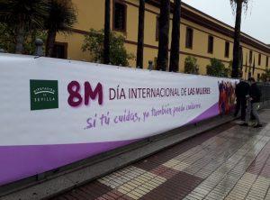 AionSur: Noticias de Sevilla, sus Comarcas y Andalucía pancarta-2-300x222 Destrozan la pancarta por la igualdad instalada en la Diputación de Sevilla Sociedad destacado