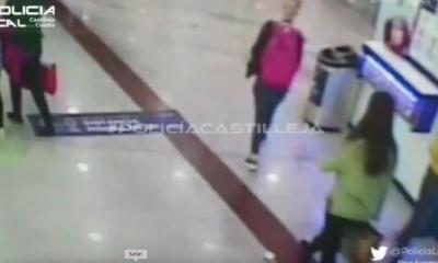 AionSur: Noticias de Sevilla, sus Comarcas y Andalucía policia-castilleja-dinero-400x240 Se busca a una joven que perdió un sobre con dinero en un centro comercial Castilleja de la Cuesta