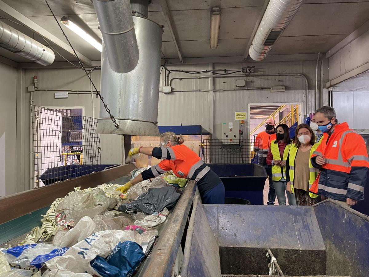 La diputada de Concertación destaca el papel de Campiña 2000 en el nuevo Plan provincial de Residuos