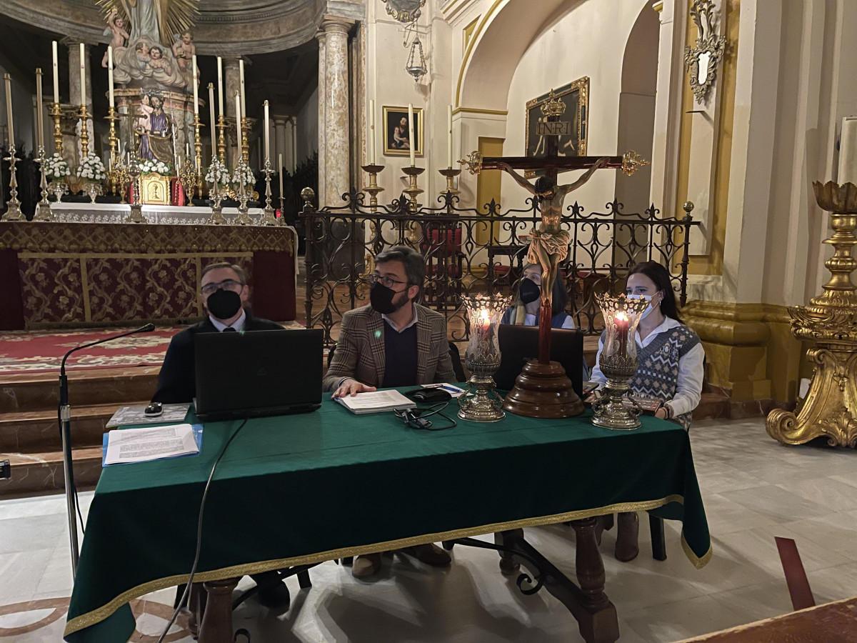 AionSur: Noticias de Sevilla, sus Comarcas y Andalucía unnamed-min-3 Pedro Manzano presenta en Arahal el proyecto para la restauración del paso del Cristo de la Esperanza Arahal destacado