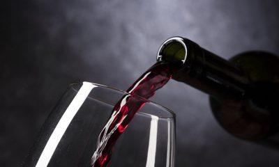 AionSur: Noticias de Sevilla, sus Comarcas y Andalucía vino-tinto-400x240 Un jurado de expertos busca el mejor vino de la provincia de Sevilla Prodetur