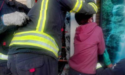 AionSur: Noticias de Sevilla, sus Comarcas y Andalucía Mairena-rescate-400x240 Liberan a un niño de Mairena del Aljarafe atrapado en una máquina de bebidas Sucesos destacado