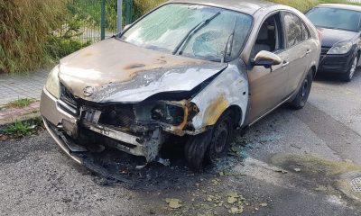 """AionSur: Noticias de Sevilla, sus Comarcas y Andalucía incendio-coche-400x240 Hiconsa, la barriada de Camas que se ha """"acostumbrado"""" a sufrir incendios Sucesos"""