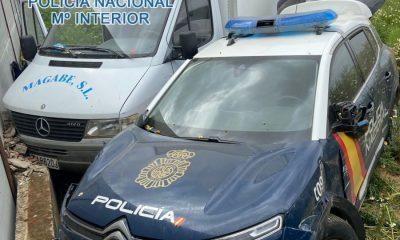 AionSur: Noticias de Sevilla, sus Comarcas y Andalucía persecucion-camion-Paradas-400x240 Detenido en Sevilla tras una peligrosa persecución a bordo de un camión robado en Paradas Sucesos Torreblanca Policía Nacional Policía persecución Torreblanca Paradas detenido