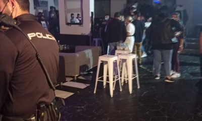 AionSur: Noticias de Sevilla, sus Comarcas y Andalucía policia-nacional-400x240 Desalojan una fiesta en un pub de Sevilla con 57 personas sin mascarillas y con drogas Sucesos Sevilla noticias Sevilla información Sevilla actualidad Sevilla