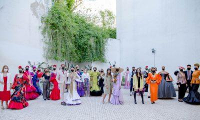 AionSur: Noticias de Sevilla, sus Comarcas y Andalucía premier-lunar-400x240 Versace protagoniza el mayor encuentro internacional de emprendedores de moda flamenca Sociedad Versace Sevilla noticias Sevilla Santo Versace moda flamenca