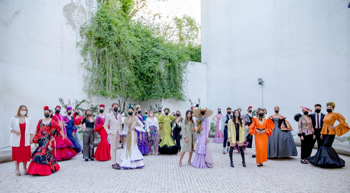 AionSur: Noticias de Sevilla, sus Comarcas y Andalucía premier-lunar Versace protagoniza el mayor encuentro internacional de emprendedores de moda flamenca Sociedad Versace Sevilla noticias Sevilla Santo Versace moda flamenca
