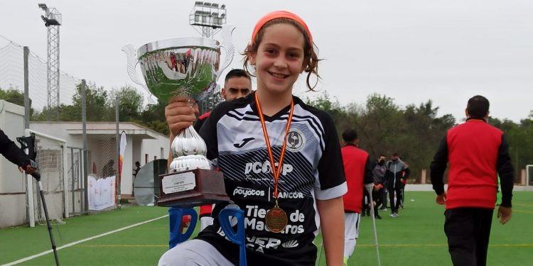 AionSur: Noticias de Sevilla, sus Comarcas y Andalucía aitor-futbol Aitor, de nacer sin tibia a luchar en la vida a fuerza de goles Sociedad